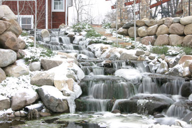 Image: The Reichl waterfall in winter.